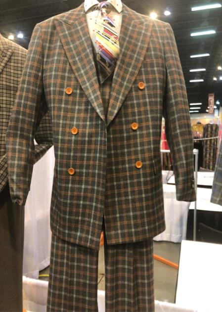 Mens Peak Lapel Single Breasted Plaid Suit, act now only $160.00